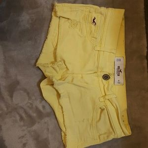 Yellow hollister shorts size 00